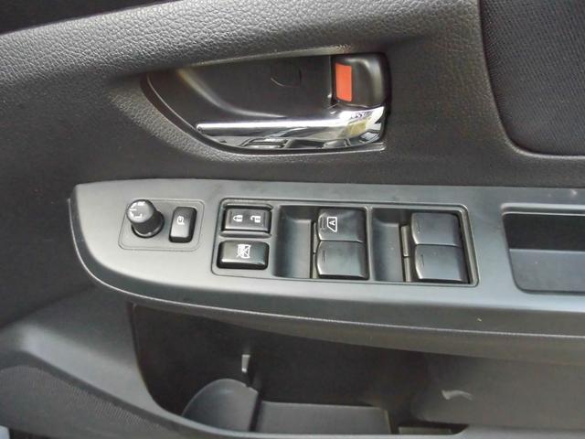 2.0i 4WD 社外ナビTV ETC クルーズコントロール(16枚目)