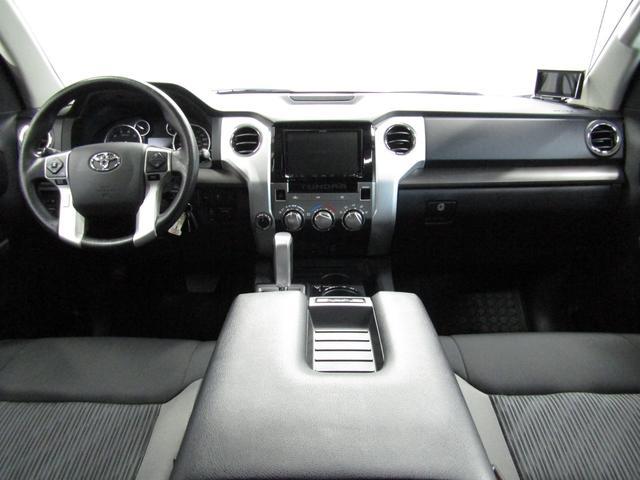クルーマックス SR5 オフロードパッケージ 4WD 新車並行 リフトUP マグナフローマフラー 8インチ地デジナビ FSBカメラ ETC サンルーフ トノカバー ベッドライナー LEDフォグ ビルシュタイン KMCアルミ グッドリッチMT 本州仕入(13枚目)