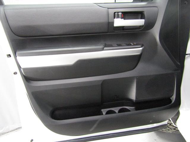 クルーマックス SR5 オフロードパッケージ 4WD 新車並行 リフトUP マグナフローマフラー 8インチ地デジナビ FSBカメラ ETC サンルーフ トノカバー ベッドライナー LEDフォグ ビルシュタイン KMCアルミ グッドリッチMT 本州仕入(16枚目)