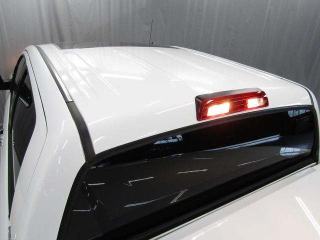 クルーマックス SR5 オフロードパッケージ 4WD 新車並行 リフトUP マグナフローマフラー 8インチ地デジナビ FSBカメラ ETC サンルーフ トノカバー ベッドライナー LEDフォグ ビルシュタイン KMCアルミ グッドリッチMT 本州仕入(26枚目)