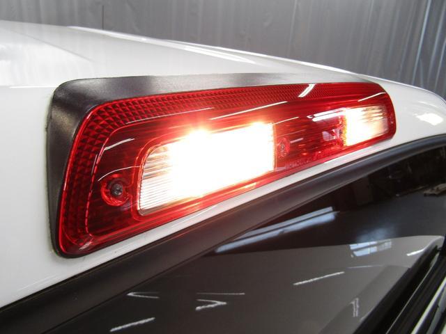 クルーマックス SR5 オフロードパッケージ 4WD 新車並行 リフトUP マグナフローマフラー 8インチ地デジナビ FSBカメラ ETC サンルーフ トノカバー ベッドライナー LEDフォグ ビルシュタイン KMCアルミ グッドリッチMT 本州仕入(27枚目)