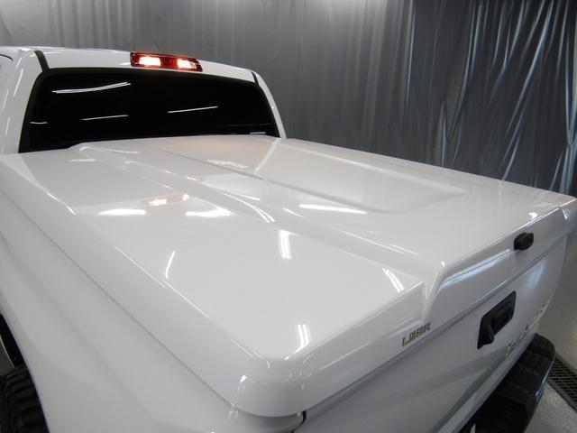 クルーマックス SR5 オフロードパッケージ 4WD 新車並行 リフトUP マグナフローマフラー 8インチ地デジナビ FSBカメラ ETC サンルーフ トノカバー ベッドライナー LEDフォグ ビルシュタイン KMCアルミ グッドリッチMT 本州仕入(30枚目)