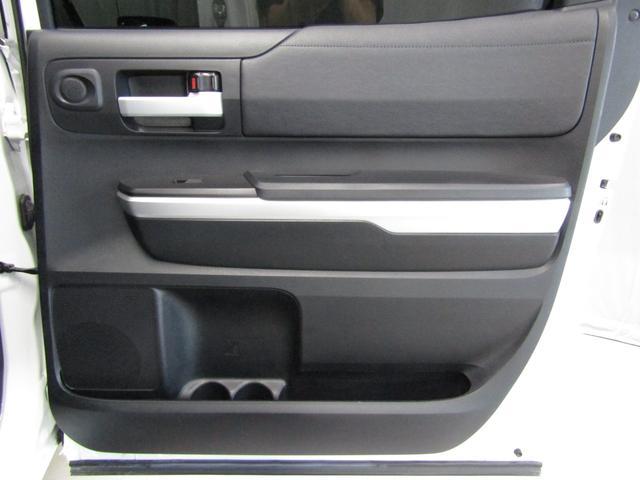 クルーマックス SR5 オフロードパッケージ 4WD 新車並行 リフトUP マグナフローマフラー 8インチ地デジナビ FSBカメラ ETC サンルーフ トノカバー ベッドライナー LEDフォグ ビルシュタイン KMCアルミ グッドリッチMT 本州仕入(48枚目)