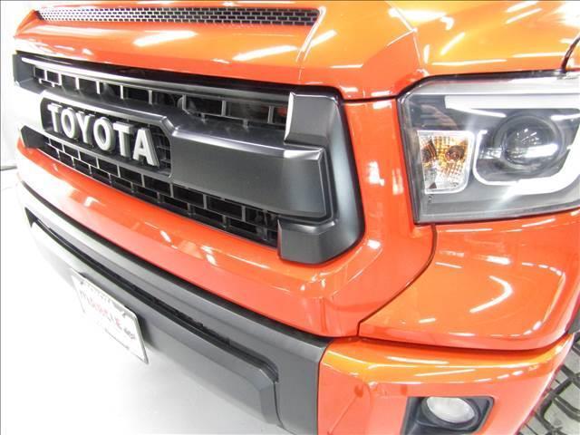 クルーマックス 4WD TRDPRO ラフカントリー6インチUP ハードシェル TRD専用マフラー TRD専用シート グッドリッチMTタイヤ KMC20インチアルミ LEDヘッドライト LEDテールライト サイドステップ 走行証明有(6枚目)