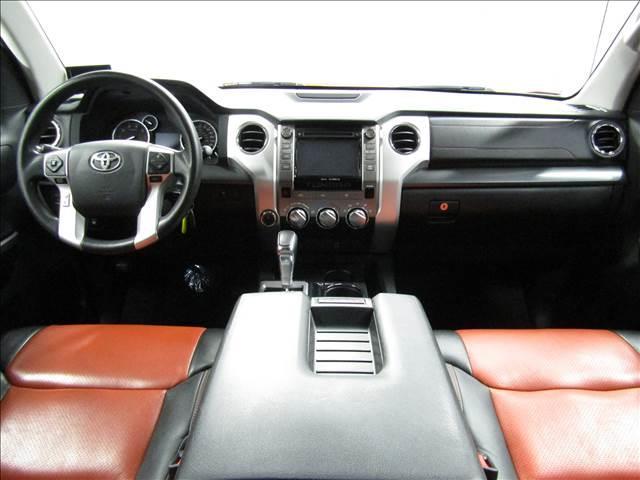 クルーマックス 4WD TRDPRO ラフカントリー6インチUP ハードシェル TRD専用マフラー TRD専用シート グッドリッチMTタイヤ KMC20インチアルミ LEDヘッドライト LEDテールライト サイドステップ 走行証明有(13枚目)