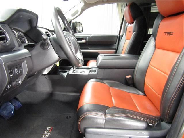 クルーマックス 4WD TRDPRO ラフカントリー6インチUP ハードシェル TRD専用マフラー TRD専用シート グッドリッチMTタイヤ KMC20インチアルミ LEDヘッドライト LEDテールライト サイドステップ 走行証明有(15枚目)