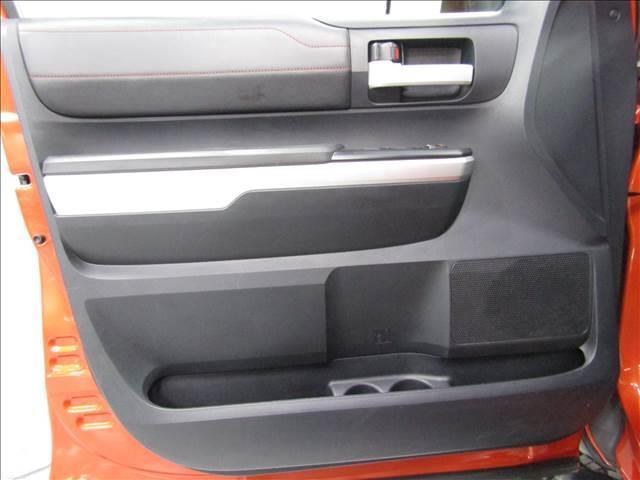クルーマックス 4WD TRDPRO ラフカントリー6インチUP ハードシェル TRD専用マフラー TRD専用シート グッドリッチMTタイヤ KMC20インチアルミ LEDヘッドライト LEDテールライト サイドステップ 走行証明有(16枚目)