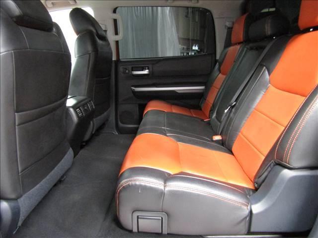 クルーマックス 4WD TRDPRO ラフカントリー6インチUP ハードシェル TRD専用マフラー TRD専用シート グッドリッチMTタイヤ KMC20インチアルミ LEDヘッドライト LEDテールライト サイドステップ 走行証明有(17枚目)
