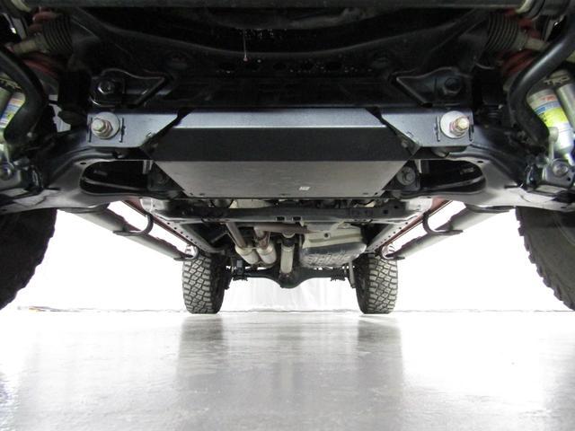 クルーマックス 4WD TRDPRO ラフカントリー6インチUP ハードシェル TRD専用マフラー TRD専用シート グッドリッチMTタイヤ KMC20インチアルミ LEDヘッドライト LEDテールライト サイドステップ 走行証明有(24枚目)