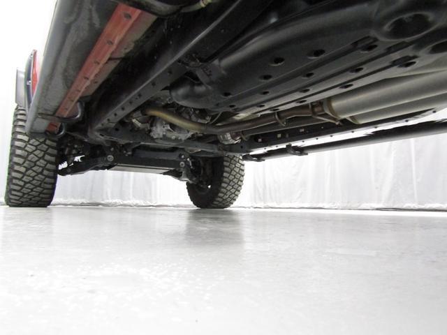 クルーマックス 4WD TRDPRO ラフカントリー6インチUP ハードシェル TRD専用マフラー TRD専用シート グッドリッチMTタイヤ KMC20インチアルミ LEDヘッドライト LEDテールライト サイドステップ 走行証明有(26枚目)