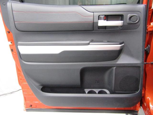 クルーマックス 4WD TRDPRO ラフカントリー6インチUP ハードシェル TRD専用マフラー TRD専用シート グッドリッチMTタイヤ KMC20インチアルミ LEDヘッドライト LEDテールライト サイドステップ 走行証明有(33枚目)