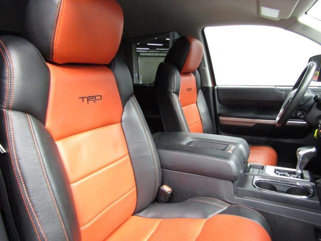 クルーマックス 4WD TRDPRO ラフカントリー6インチUP ハードシェル TRD専用マフラー TRD専用シート グッドリッチMTタイヤ KMC20インチアルミ LEDヘッドライト LEDテールライト サイドステップ 走行証明有(34枚目)