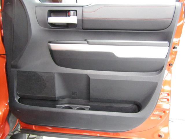 クルーマックス 4WD TRDPRO ラフカントリー6インチUP ハードシェル TRD専用マフラー TRD専用シート グッドリッチMTタイヤ KMC20インチアルミ LEDヘッドライト LEDテールライト サイドステップ 走行証明有(36枚目)