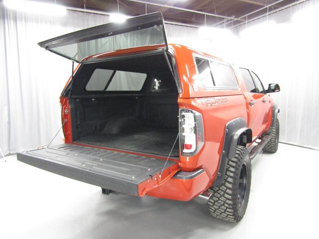 クルーマックス 4WD TRDPRO ラフカントリー6インチUP ハードシェル TRD専用マフラー TRD専用シート グッドリッチMTタイヤ KMC20インチアルミ LEDヘッドライト LEDテールライト サイドステップ 走行証明有(39枚目)
