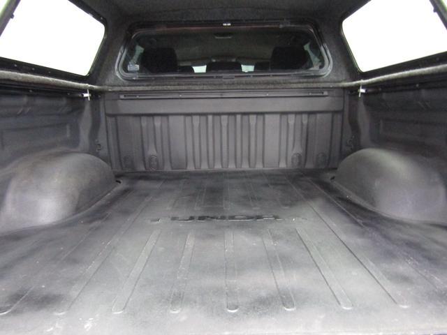 クルーマックス 4WD TRDPRO ラフカントリー6インチUP ハードシェル TRD専用マフラー TRD専用シート グッドリッチMTタイヤ KMC20インチアルミ LEDヘッドライト LEDテールライト サイドステップ 走行証明有(40枚目)