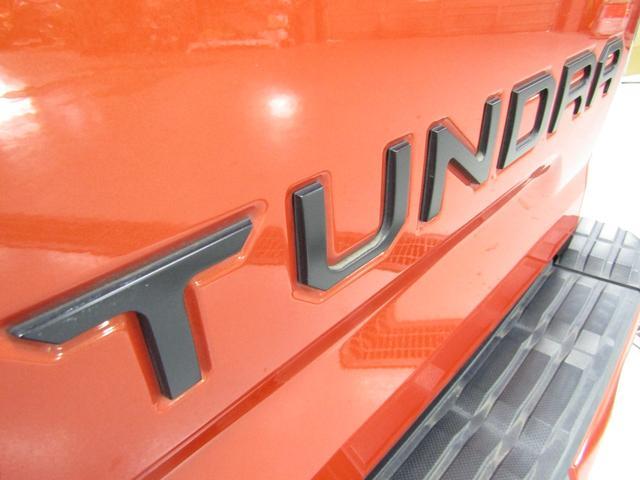 クルーマックス 4WD TRDPRO ラフカントリー6インチUP ハードシェル TRD専用マフラー TRD専用シート グッドリッチMTタイヤ KMC20インチアルミ LEDヘッドライト LEDテールライト サイドステップ 走行証明有(42枚目)