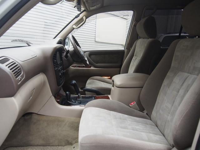 トヨタ ランドクルーザー100 VXリミテッド リフトUP マッドタイヤ 背面レス