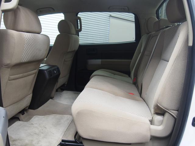 米国トヨタ タンドラ クルーマックス SR5 4WD リフトUP 新品マッドタイヤ