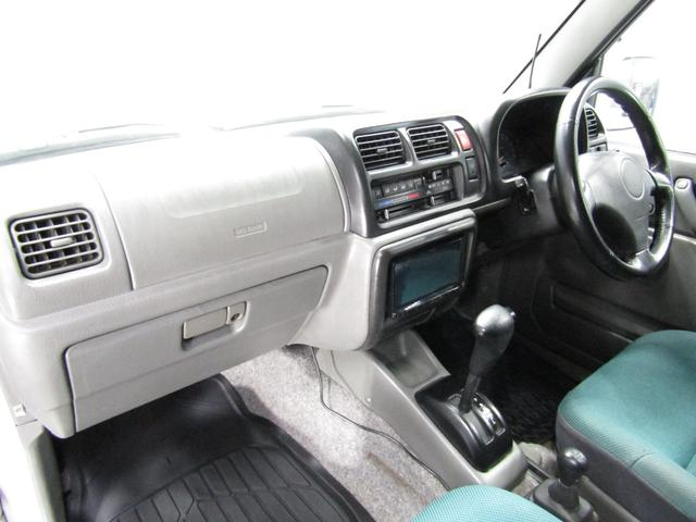 ランドベンチャー 4WD オートマ リフトアップ DVDコンポ キーレス(31枚目)