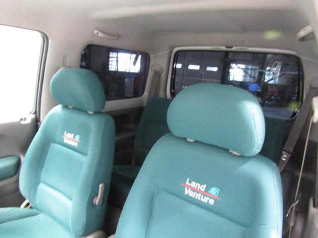 ランドベンチャー 4WD オートマ リフトアップ DVDコンポ キーレス(34枚目)
