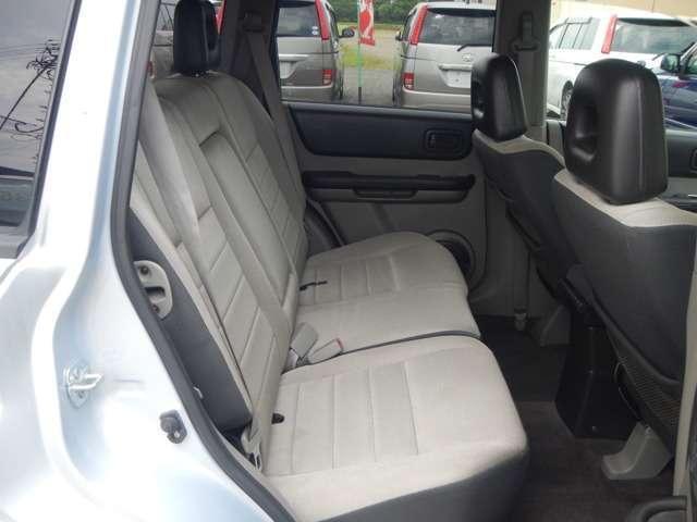 日産 エクストレイル S 4WD サンルーフ HID エンスタ 夏冬タイヤ付き