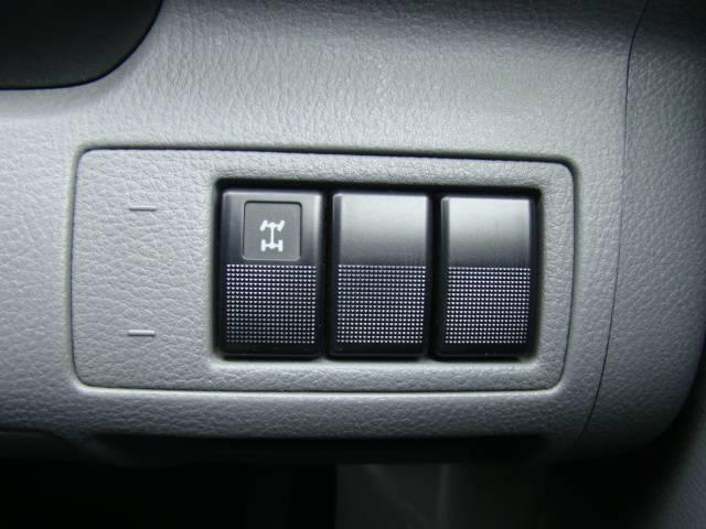 マツダ デミオ カジュアル 4WD キーレス CD