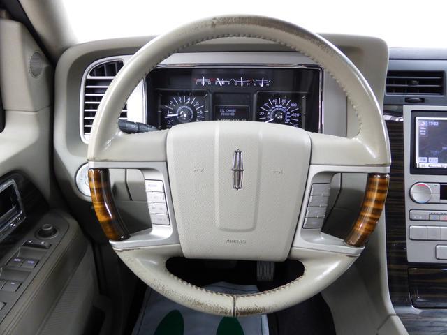リンカーン リンカーン ナビゲーター 4WD サンルーフ 本革 パワーバックドア ナビ Bカメラ