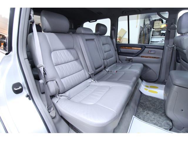 「トヨタ」「ランドクルーザー100」「SUV・クロカン」「北海道」の中古車28