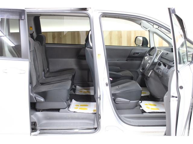 X 4WD 本州仕入れ  8人乗り 純正ナビ 地デジ バックカメラ 両側スライドドア ETC(25枚目)
