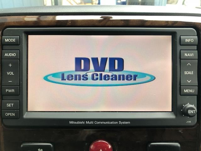 純正HDDナビはDVDの視聴も可能ですッ!!