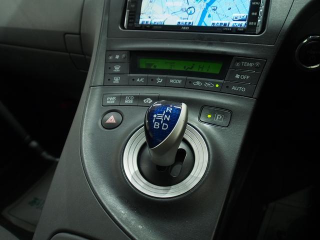トヨタ プリウス L 4WD 夏冬タイヤ 一年保証