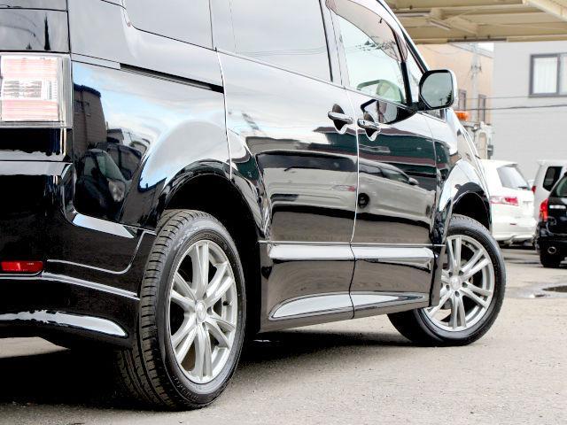 三菱 デリカD:5 Gプレミアム4WD エアロ サンルーフ ナビ ロックフォード