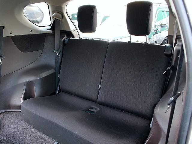 後席シートも汚れやシミは無く、状態良く保たれております♪