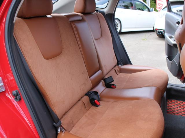 S-GT スポーツパッケージ 4WDターボ BLITZ車高調 鍛造BBS18AW ALBEROリアバンパー STI用マフラー タンレザーハーフレザーシート エンジンスターター スロットルコントローラー ナビTV Bカメラ 本州仕入(30枚目)