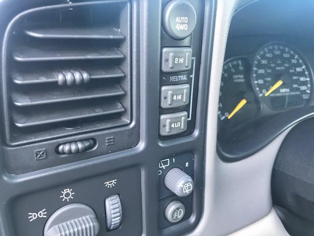 シボレー シボレー サバーバン LT 4WD 1ナンバー