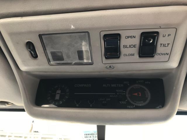 VX 4WD 1オーナー サンルーフ 1ナンバー 寒冷地仕様(13枚目)
