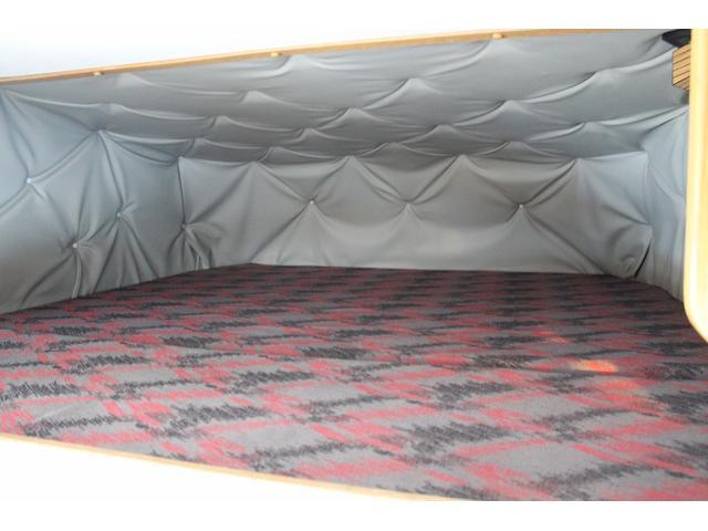 トヨタ トヨエース セキソートランクサルーン ディーゼル4WD 常設二段ベッド
