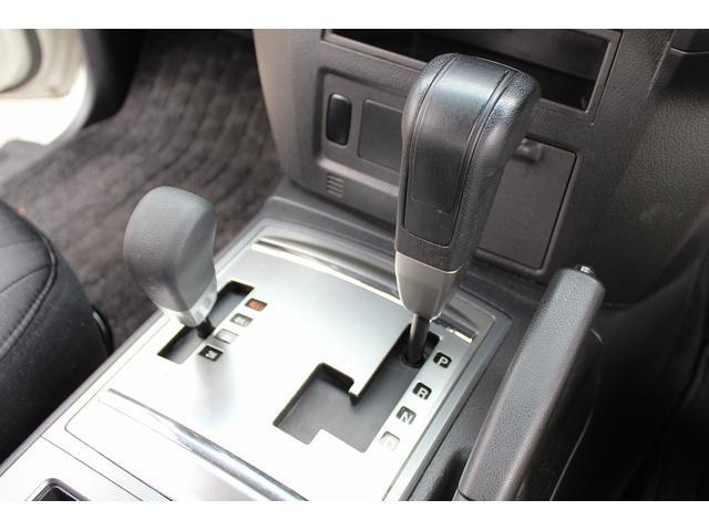三菱 パジェロ ショート VR-I 純正SDナビ Bモニター 背面タイヤ