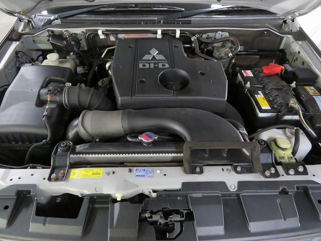 駆動方式や装備内容にこだわった高級車・SUV ・スポーツカー・ミニバン・ステーションワゴンを中心に展示しています♪