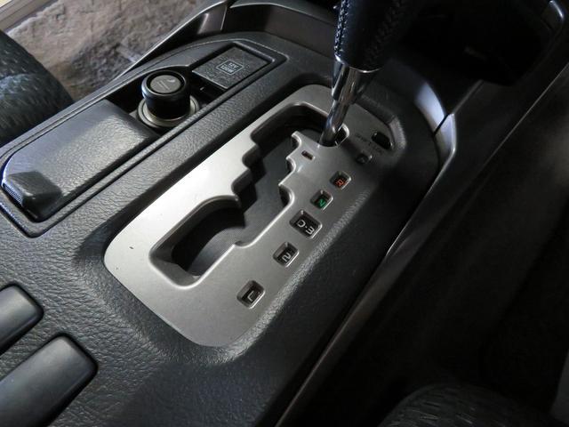 SSR-Xリミテッド 4WD 外HDDナビ エンスタ 後期(18枚目)