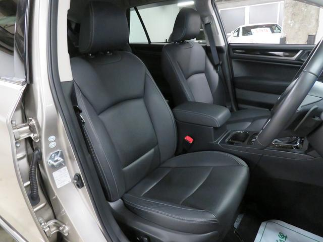 ☆高級感溢れる黒革パワーシート!運転席メモリー機能付きです♪