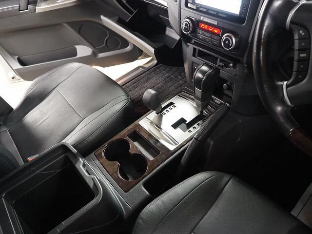 スーパーエクシード4WD 革 SR Rフォード DT 本州車(19枚目)