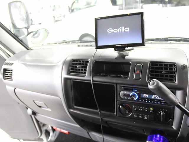 常時ミラー型バックモニター装備!駐車する際は安心ですね♪切替4WD!