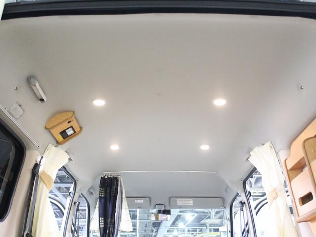 フロットモビール シュピーレン 4WD シンク 外部電源 コンバーター 走行用リアヒーター バックフォグ イクリプスSDナビ バックカメラ ETC センターデフロック ルーフキャリア(16枚目)