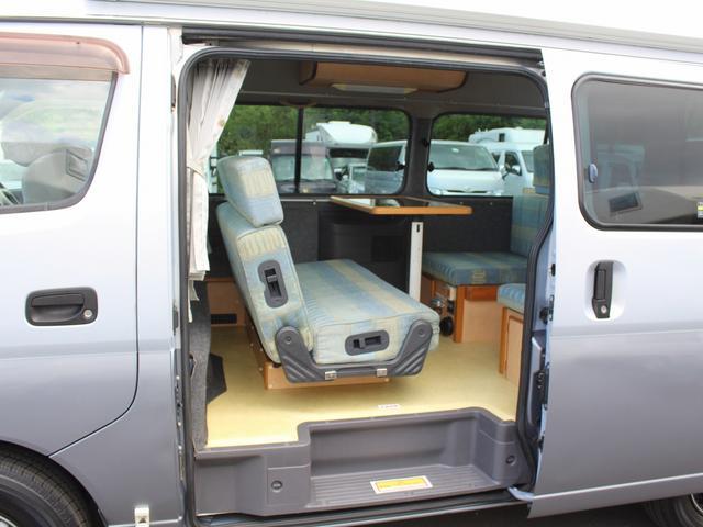 NOX適合 切替4WD FFヒーター 1500Wインバーター ポータブル冷蔵庫 ツインサブ 走行充電 外部電源充電 サイドオーニング シンク 給排水ポリタンク 走行用リアクーラー 走行用リアヒーター(4枚目)