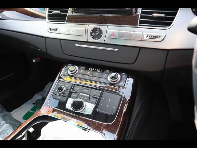 アウディ アウディ A8 4.2クワトロ 純正ナビ バックカメラ パワーバックドア