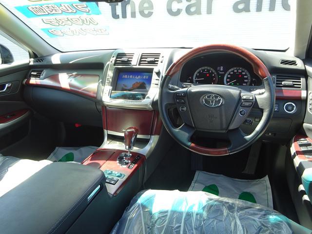 トヨタ クラウンマジェスタ i-Four 4WD ナビ 革 サンルーフ モデリスタハーフ