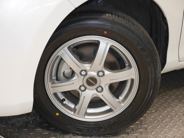 タイヤサイズは、165/70R14です
