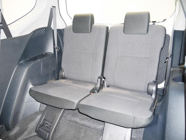 サードシートです