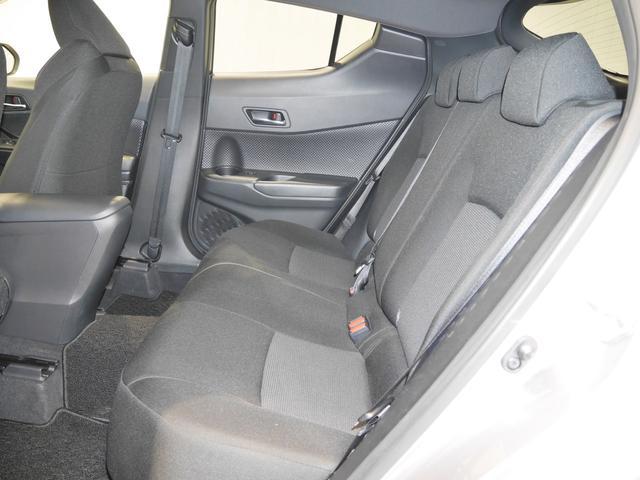 S-T 4WD 1オーナー車・トヨタセーフティセンス付(5枚目)